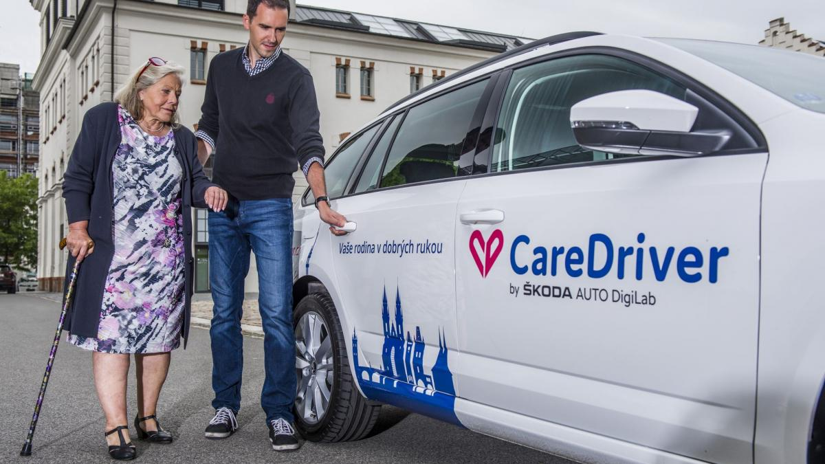 ŠKODA AUTO DigiLab brings CareDriver to Prague